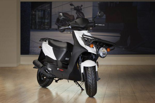 KYMCO anuncia Agility Carry 50, el único ciclomotor de carga con 2 portentosas parrillas