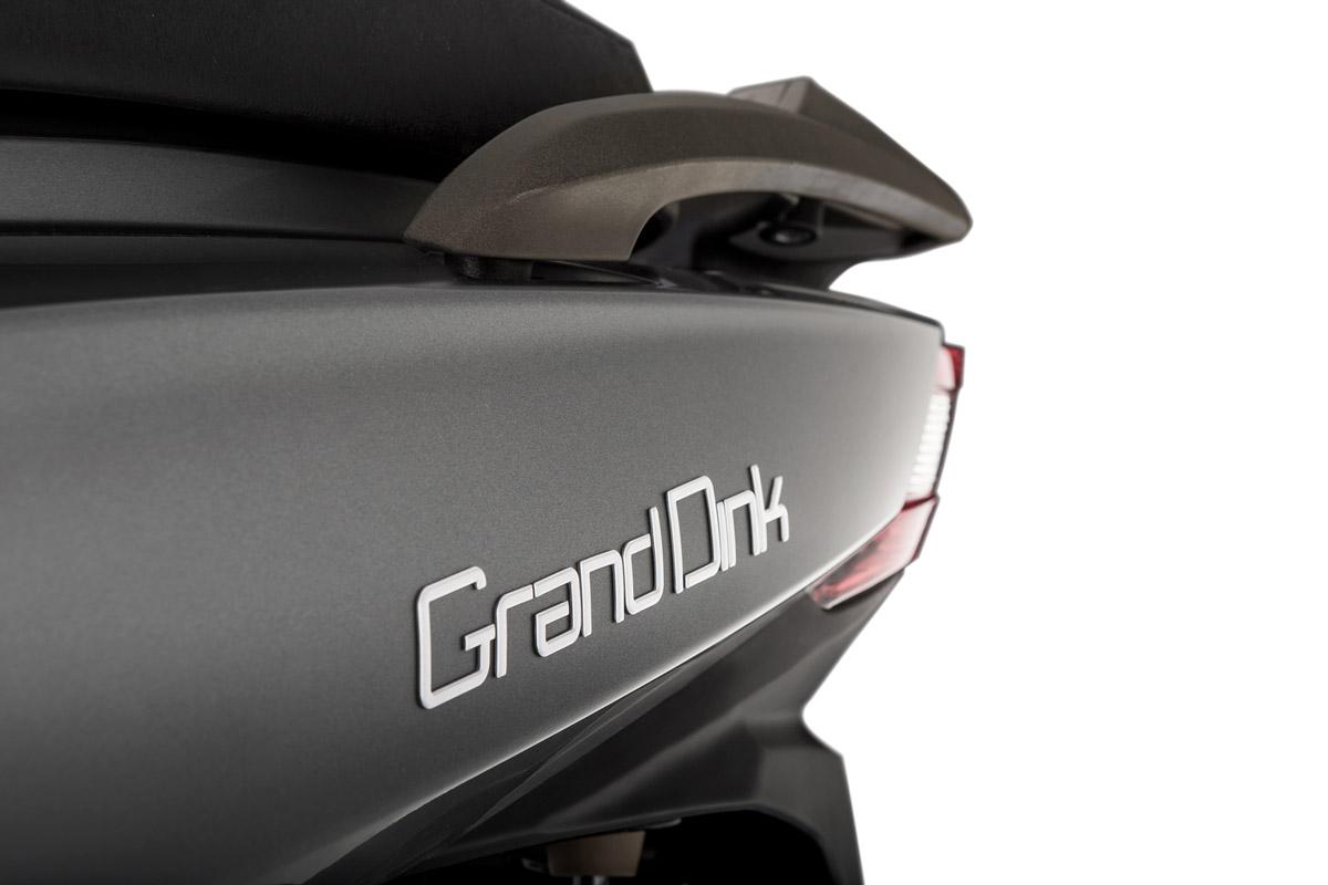 Grand Dink 300_Detalle Gris 2